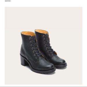 Frye Sabrina lace up heeled leather boot, made USA